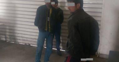 Trei emigranți afgani, găsiți ascunşi într-un autocamion