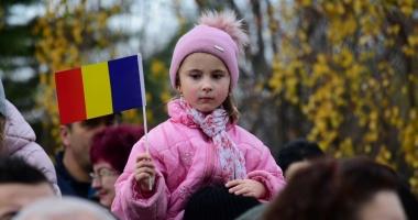 GALERIE FOTO / CONSTANŢA CELEBREAZĂ ZIUA NAŢIONALĂ A ROMÂNIEI! MII DE OAMENI SUNT PREZENŢI LA EVENIMENT