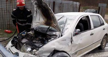 ŞASE VICTIME, după ce două autoturisme au intrat în colziune