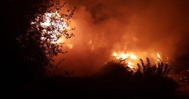 Galerie foto. ALERTĂ LA POMPIERI! Incendiu violent la Cernavodă!