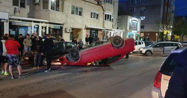 Accident rutier la Mangalia! O mașină s-a răsturnat