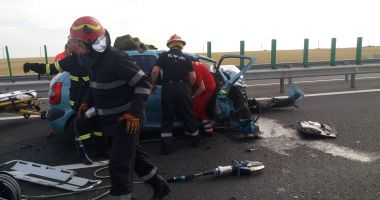 Foto : Galerie foto. Accident rutier GRAV pe A2. Un mort și mai mulți răniți! - UPDATE