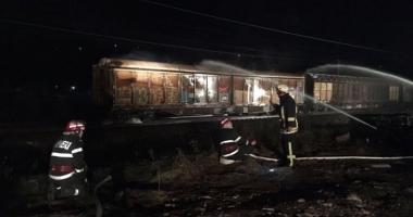 Pericol de explozie în gara din Breaza. FUM la un vagon cu nitrat de amoniu