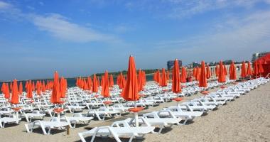 Plajele europene, ocupate de afaceri�tii de pe litoral
