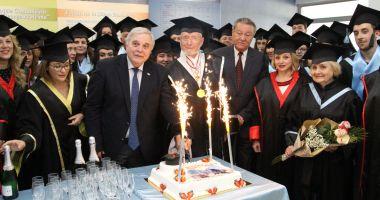 """Ceremonie de absolvire a studiilor, organizată la Universitatea """"Andrei Şaguna"""""""