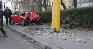 Accidentul de pe strada Mihai Viteazu, provocat de o şoferiţă de 19 ani