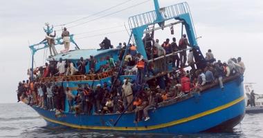 Sute de imigranți, salvați de la moarte de o ambarcațiune spaniolă