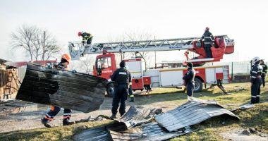 Incendiu devastator la Medgidia.  18 familii au rămas fără case