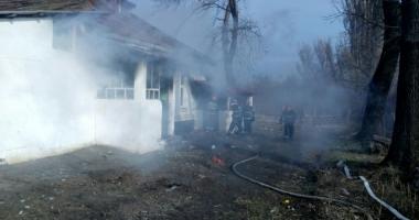 Incediu la o casă de pe bulevardul Tomis