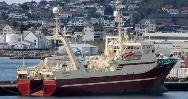 Incendiu pe o navă de pescuit norvegiană