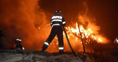 Tragedie cumplită într-o familie! Doi copii au murit arşi de vii, în propria casă