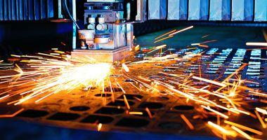 Industria nu dă semne de revenire
