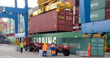Industria portuară şi comerţul cu produse agricole domină topul profitabilităţii în judeţul Constanţa
