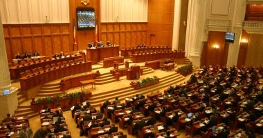 Moţiunea de cenzură împotriva Guvernului Grindeanu, citită astăzi, în Parlament