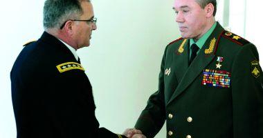 Întrevedere între şeful Statului Major rus şi comandantul forţelor NATO în Europa