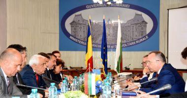 Întâlnire între miniștri agriculturii din România și Bulgaria