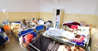 Spitalul Judeţean Constanţa a devenit azil de bătrâni şi adăpost pentru boschetari