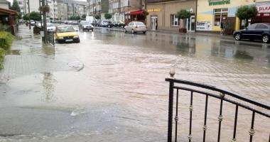 Stare critic� la Constan�a, risc mare  de inunda�ii. Ce m�suri au luat autorit��ile