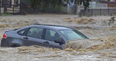 COD PORTOCALIU de inundaţii în bazine hidrografice din 19 de judeţe