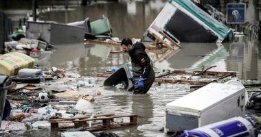 Inundaţii fără precedent în Franţa.  Mai multe persoane au murit