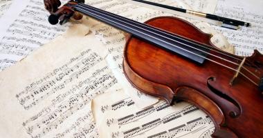 Invitaţie la o oră de muzică clasică