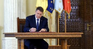 Iohannis a promulgat Legea privind RCA