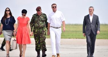 Galerie foto-video / Preşedintele Klaus Iohannis, prezent la baza militară din Mihail Kogălniceanu