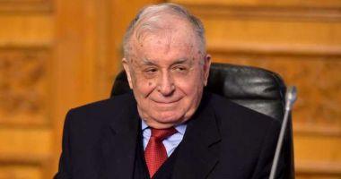 Ion Iliescu rămâne la Terapie intensivă