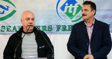 """""""Cu preţul vieţii marinarilor români"""", o carte scrisă cu suflet şi cu patimă"""