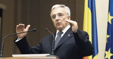 Isărescu pledează pentru creșterea absorbției fondurilor europene