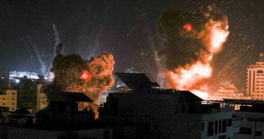 Israelul a atacat din nou Fâşia Gaza, după ce Hamas a trimis baloane incendiare