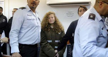 Israelul a eliberat-o din închisoare pe tânăra palestiniană care a lovit un soldat