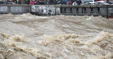 Italia, paralizată de furtuni şi ploi. Patru oameni au murit
