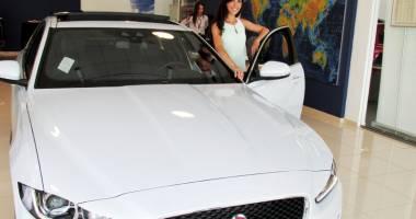 Exclusiv Auto îi invită pe constănţeni la test-drive cu Jaguar XE