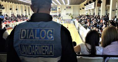 Jandarmii constănţeni prezenţi în mijlocul comunităţii pentru asigurarea ordinii publice la manifestări sportive