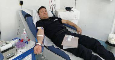 Misiune de salvare de vieți: jandarmii constănțeni donează sânge!