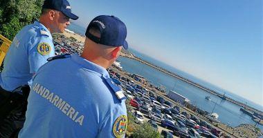 Jandarmii, la datorie, pe litoral