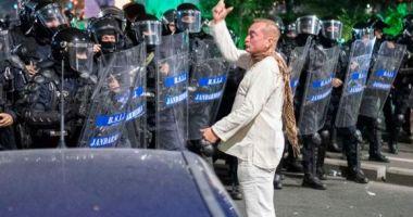 Violenţele de la mitingul din 10 august. Colonei şi comisari urmăriţi penal