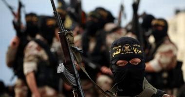"""Un jihadist şi-a ucis 12 """"colegi"""" pentru că şi-a detonat din greşeală centura cu explozibili"""