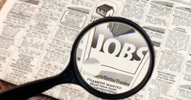 Eşti în căutarea unui loc de muncă? Iată ce poţi găsi