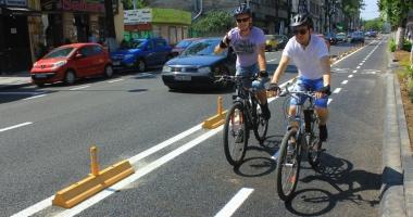 Codul Rutier, modificat pentru biciclişti. Amenzile sunt prea mari, iar poliţiştii închid ochii la abateri