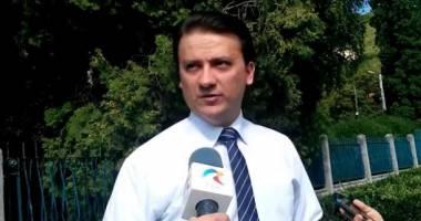 "Valentin Jucan: ""CNA a protejat politic posturile de televiziune"""