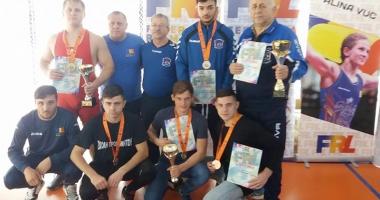 Constănţenii, pe podiumurile competiţiilor naţionale de lupte