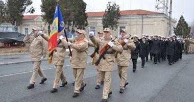 Tinerii marinari ai Forţelor Navale depun jurământul sâmbătă, la Mangalia