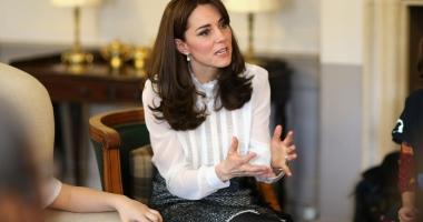 Surpriză de proporţii! Kate Middleton, însărcinată cu al treilea copil