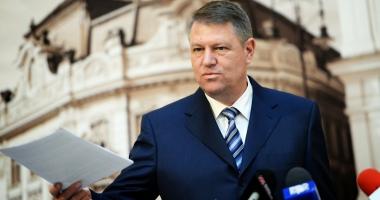 Iohannis a sesizat CCR privind Legea prin care aleșii condamnați cu suspendare rămân în funcții