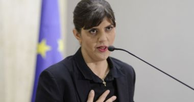 Laura Kovesi, acuzată oficial de luare de mită, abuz în serviciu şi mărturie mincinoasă. Contestă controlul judiciar