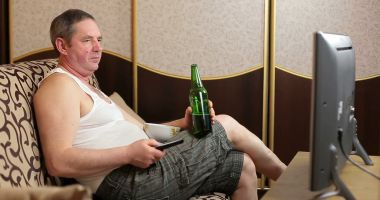 """La o bere cu ginerică"""