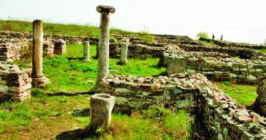La ruinele cetăţii Histria