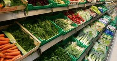 Ministrul Agriculturii: Vom crea un lanţ naţional de depozite de legume şi fructe